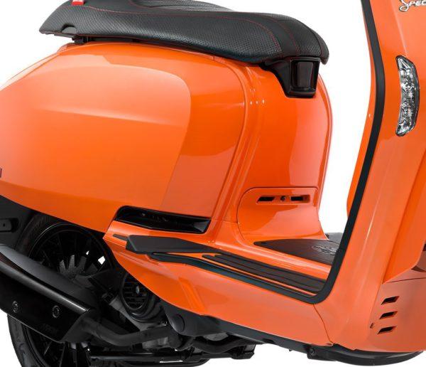 Lambretta V200 Orange